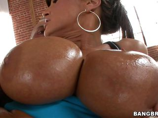 Lisa Ann knows how to suck a cock while she's down on her knees. Look at her, squeezing those big oiled tits and then lays on the couch so she can take it in the backdoor sideways. She is a pro and moans with enjoyment as he inserts his lengthy thick weenie in her asshole, deeper and deeper. Will he cum on her big boobs?