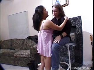 brunette midget playgirl sucking a dick