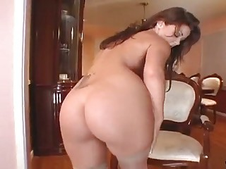 Bitch Bimbo Shows Crack For Big Veiny Sexy Wang