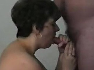 Mature lady takes a cumshot