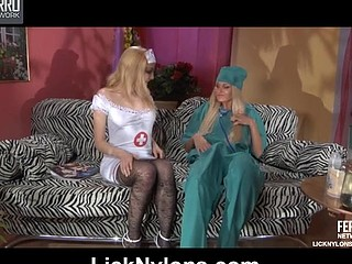 Judith&Dolly stockings lesbo action