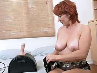 Fair skinned mother i'd like to fuck takes her first ride on the sybian machine