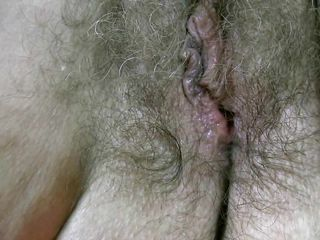 her old, hairy pussy