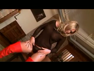 Blond in red boots got analed