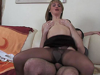 Martha&Monty pantyhose mommy in act
