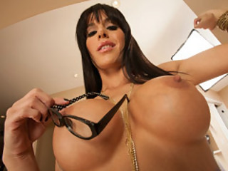 Gia Desires For John's Erected Tool