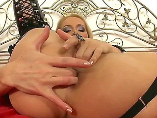 Devilish milf Cathy Campbell is fingering