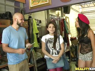 Specie talks, especially for cute young girls! Here we have a brunette babe, a lewd bald guy and a cute girl that needs some cash. After talking this babe agrees to take the money, puts the red cap on her head and receives a hard dick. She needs to work hard for those bucks and surely this babe will earn them, wanna see how?