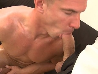 The mouth of hot sporty homo is crowded brutally with the super hard beefy ramrod