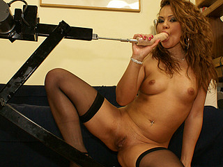 Leanna fucked coarse by fist in gloves and machine