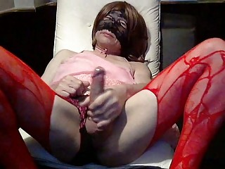 Horny crossdresser self engulf
