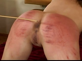 Caning Ff on the bed