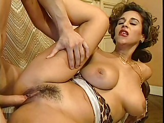 very very VERY sexy italian hottie
