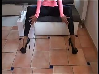 Neue 7 Inch High Heels und Legging