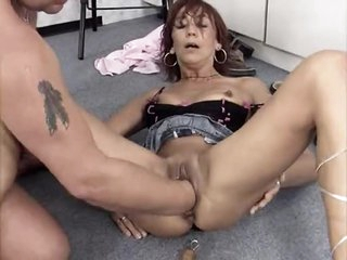 That guy fucks the doxy and fists her hard