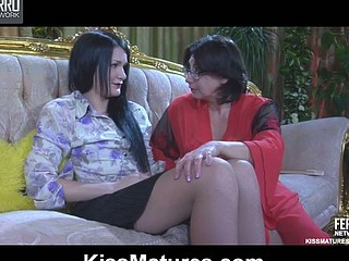 Lillian M&Hetty older lesbo movie