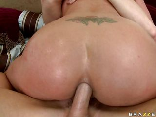 Look at that butt getting drilled by a hard cock, this blonde babe with huge tits, sexy booty and gorgeous face is horny and wants all that dick in her anus. She rides him and receives a slap on the butt now and then because she is so horny that her butthole is wide and his weenie slides out. After fucking in the butt for a while she starts engulfing his cock deepthroating and wrapping her sexy lips around it, is she going to get semen in her mouth and drink it?