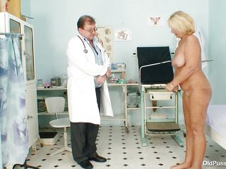 blonde aged getting willing to examine her body