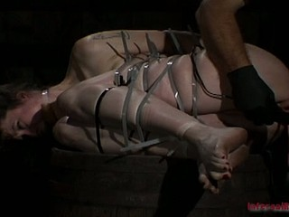 Caged brunette chick coercive to give oral-job
