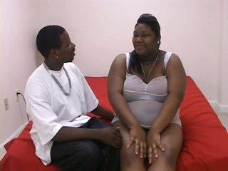 Pregnant Black BBW Taking On a Huge 10-Pounder