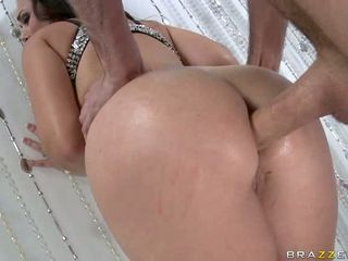Hot bitch Holly West acquires her awesome ass plugged with a hard beefy schlong