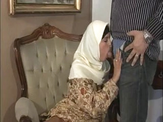 ARAB Muslim HIJAB Turbanli Nice Mangos DOGGY FUCK Blowjobs -NV