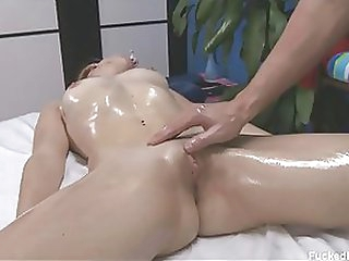Gorgeous Blonde Hottie Gets Covered in Body Oil and Her Clit Massaged