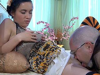 Veronica&LeonardB daddy sex clip
