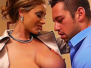 No one can resist Eva Nottys huge natural boobs and Johnny Castle is not an exception