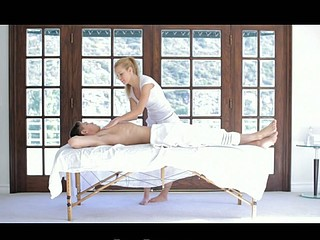 Hawt White Gal Smooth Massage