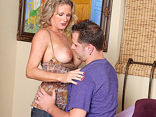 Favourable dude gets to fuck my friends hawt golden-haired mamma